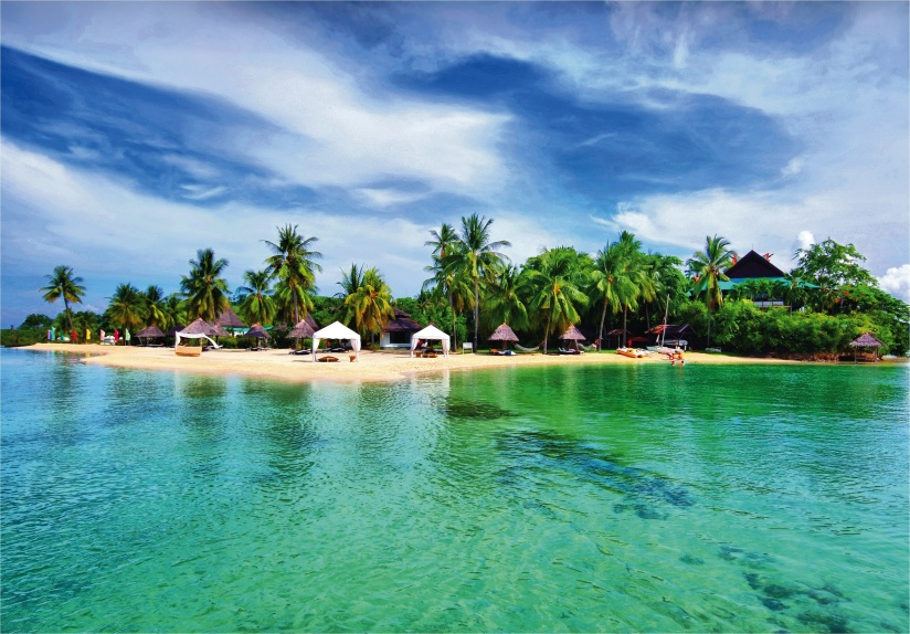 Spend a day at Badian Island sands.